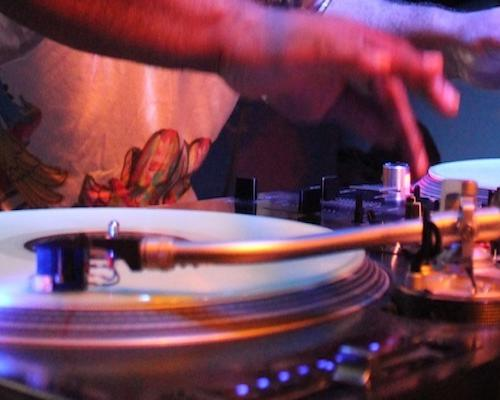 The Fever! 100% Oldschool funk & hip hop party