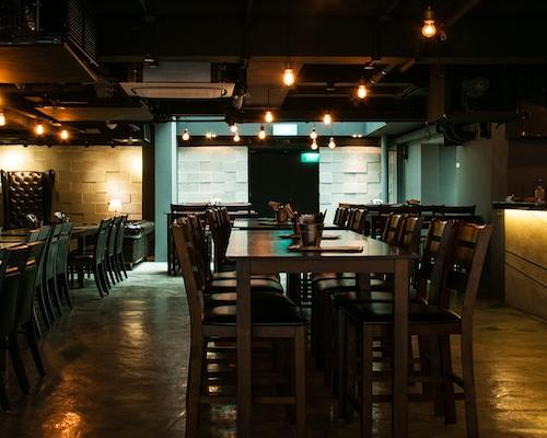 The Mad Poet: NYC underground style and $10 lunch sets come to Singapore's CBD