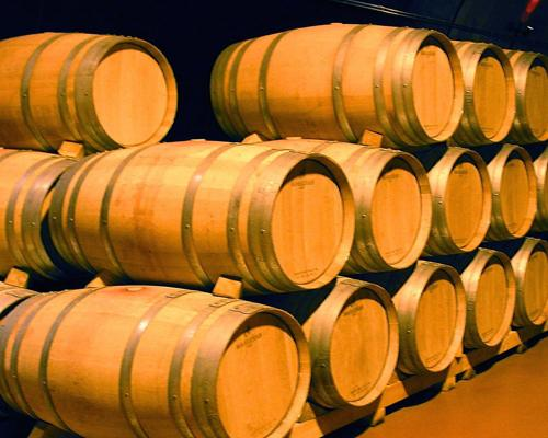 Explore Spanish wines with Local Tapas!