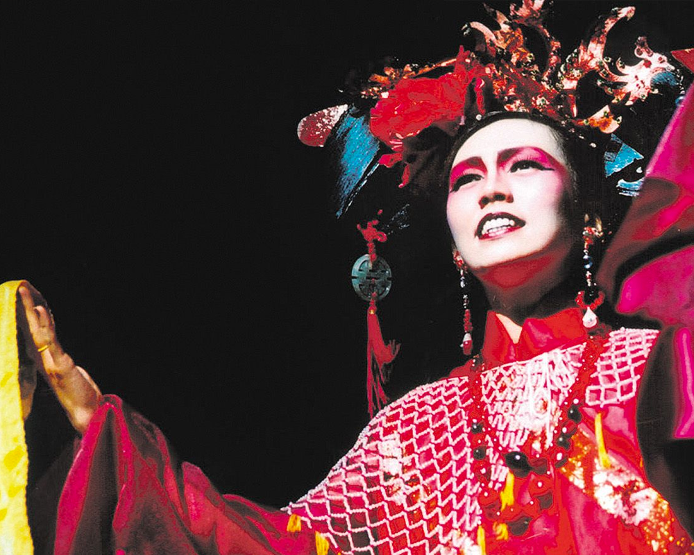 Singapore Repertory Theatre's Forbidden City: Portrait of an Empress Makes a Return