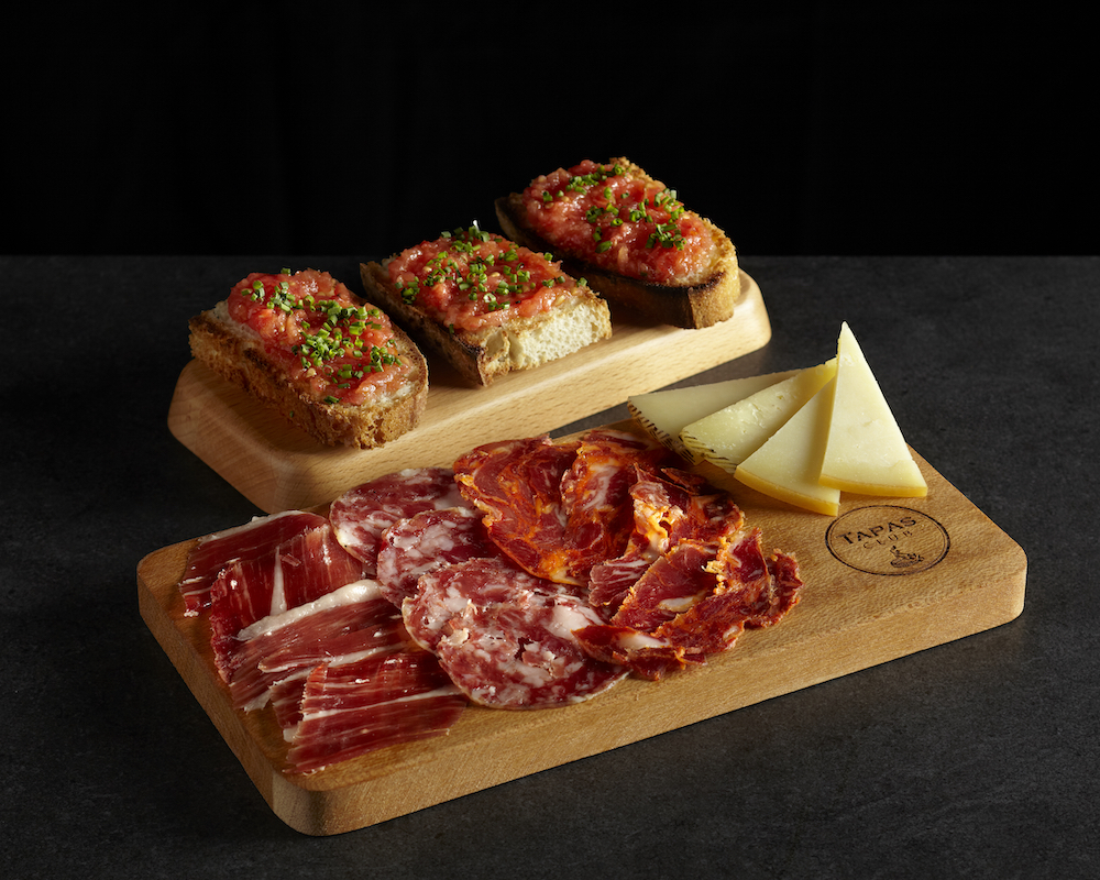 Restaurant Review: Tapas Club Continues to Serve Authentic Spanish Fair at their New Outlet in VivoCity, Singapore