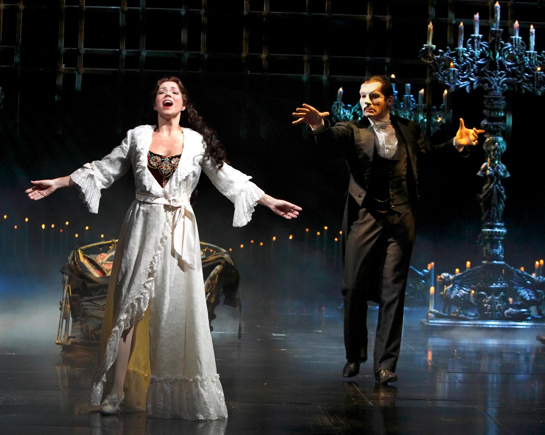 Theatre Review: The Phantom Of The Opera at Marina Bay Sands Will Leave You Spellbound