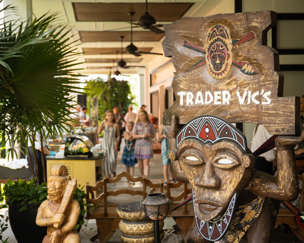 Bottomless Brunch in Bangkok: Spend Your Sunday in Polynesia at Trader Vic's, Anantara Riverside