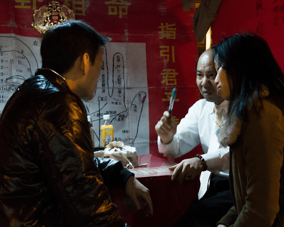 Divination in Singapore: Where To Find Fortune Telling, Tarot Reading, Palmistry, and Energy Healing Services