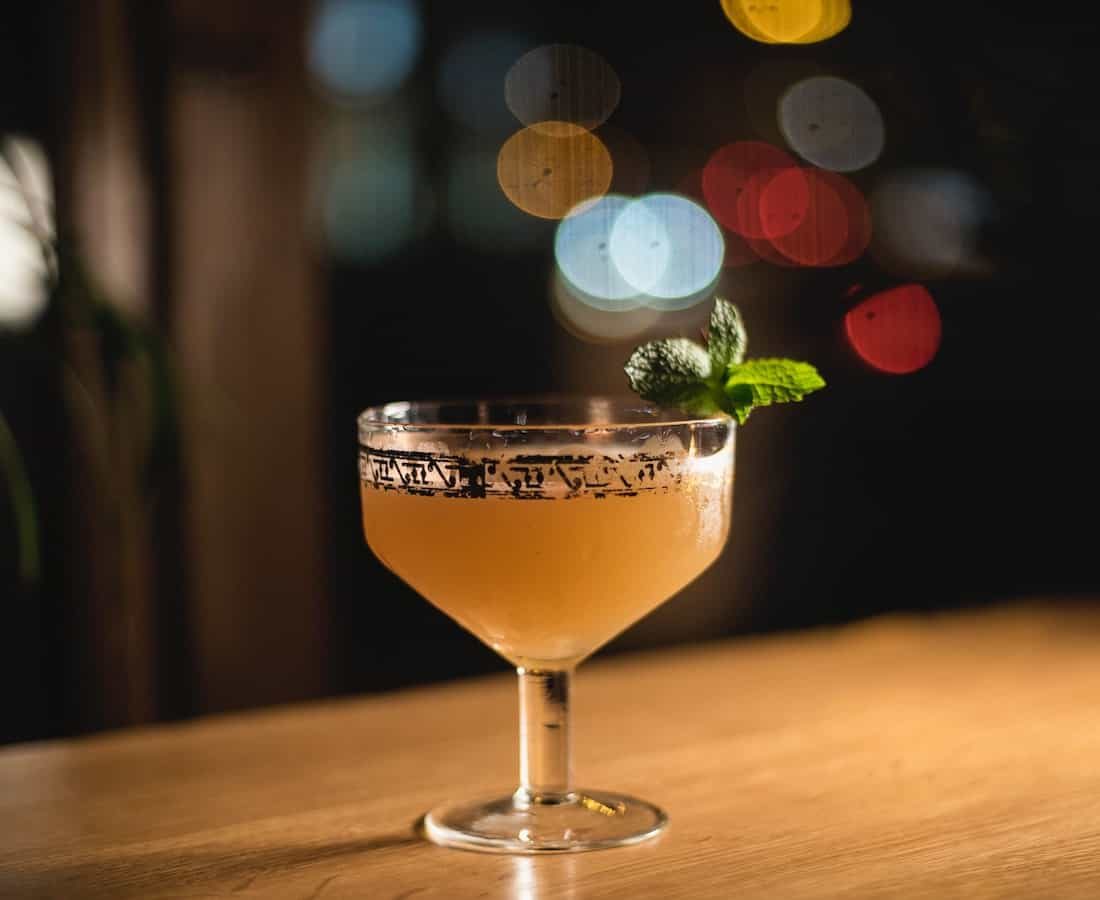 How to (And How Not to) Order a Bespoke Cocktail: Tips for Tipplers