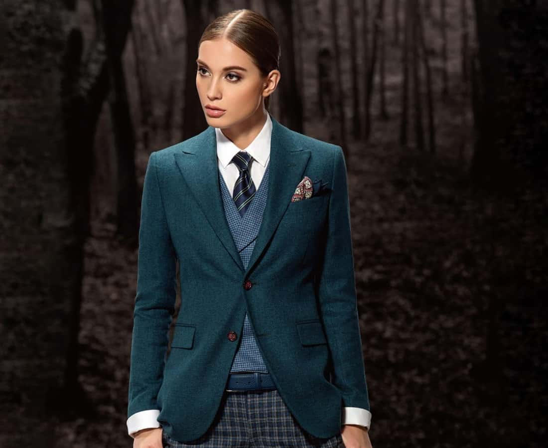Suits for Women in Singapore: How to Wear and Where to Find A Stylish Suit for Ladies